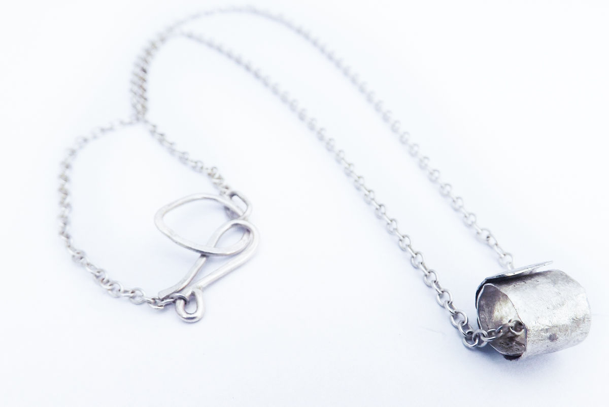 hammered silver ripcurl necklace - product image