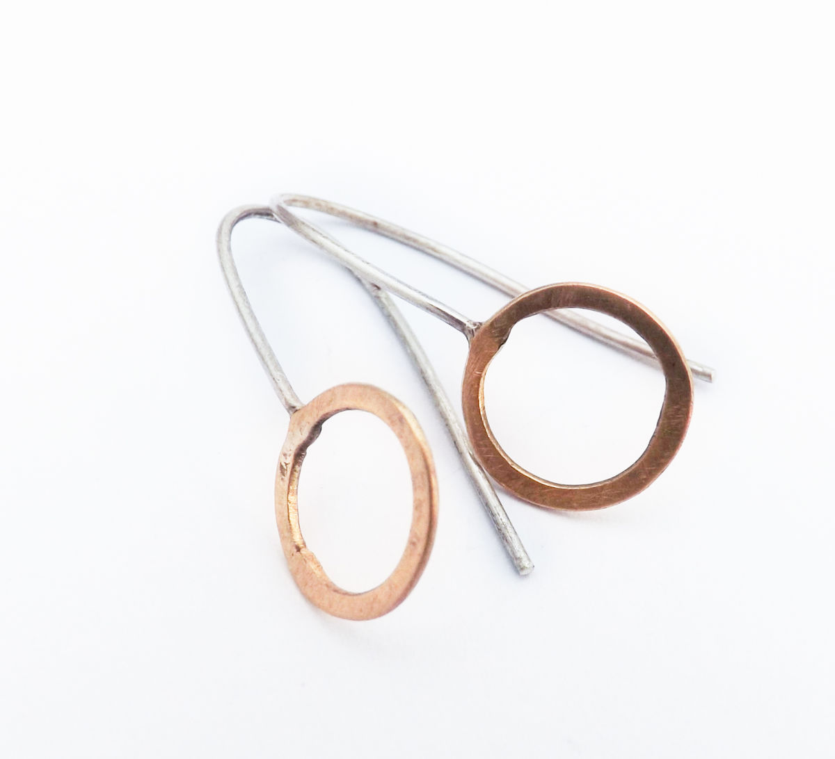 circle earrings - product image