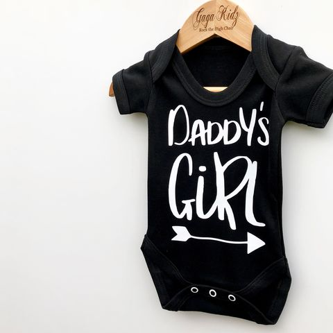 Daddy's,Girl,Black,&,White,Bodysuits,(various,sizes),fathers day, fathers day baby gift, father day gift, daddy's girl, daddy's princess, little princess, baby onesie, baby bodysuit, baby gift, baby clothes, baby gifts, toddler onesie, toddler bodysuit
