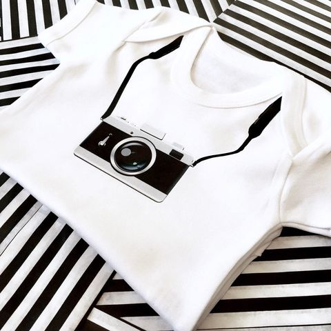 Camera,Bodysuit,camera baby bodysuit, uk baby bodysuit, cute baby bodysuit, cotton baby grow, funny baby vest, cute baby clothes, funny baby clothes, unique baby gifts, baby shower, baby shower gift, cool baby bodysuits, cool baby clothes