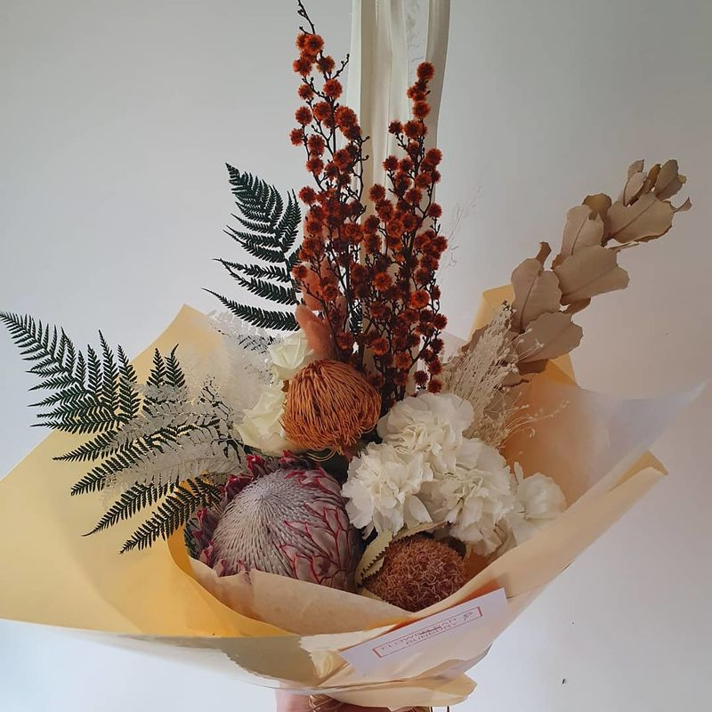 Fresh and Dried mixed Autumn Bunch. - product image
