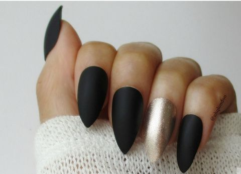 Midas,Touch,stiletto nails uk, press on nails uk, press on nails, fake nails, false nails, acrylic nails, matte nails, black matte nails