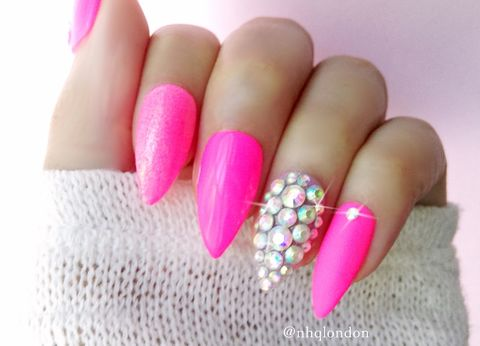 BARBIEGIRL,pink nails, pink stiletto nails, pink press on nails, press on nails uk, barbie nails, pink nail art
