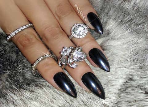 THE,BLACK,PEARL,Black stiletto nails, press on nails, fake nails, nails,