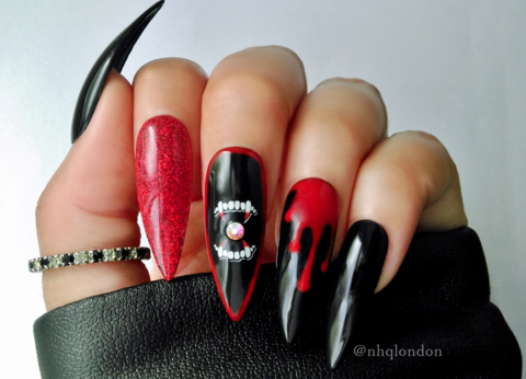 VAMPIRA,halloween stiletto nails, halloween vampire nails, press on nails