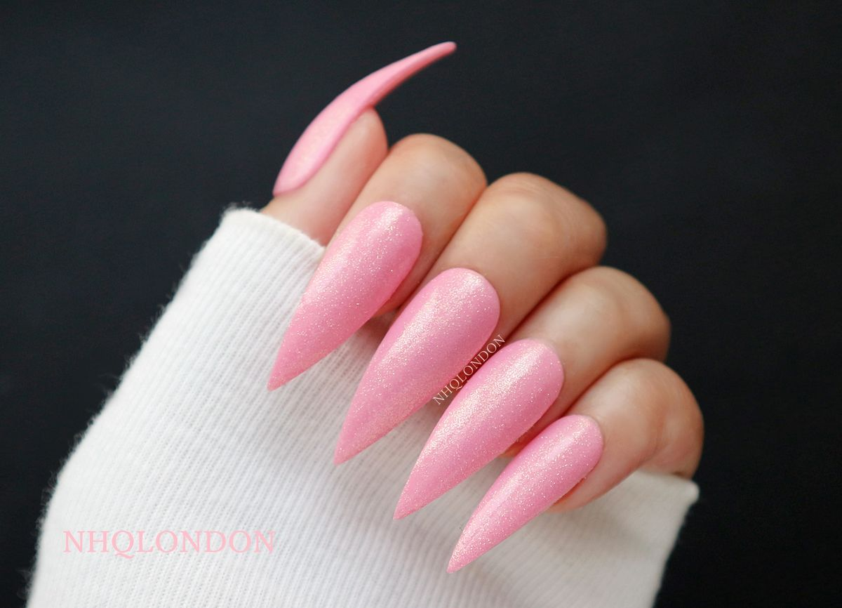pink_glitter_stiletto_nails_ press_ on_nhq_london