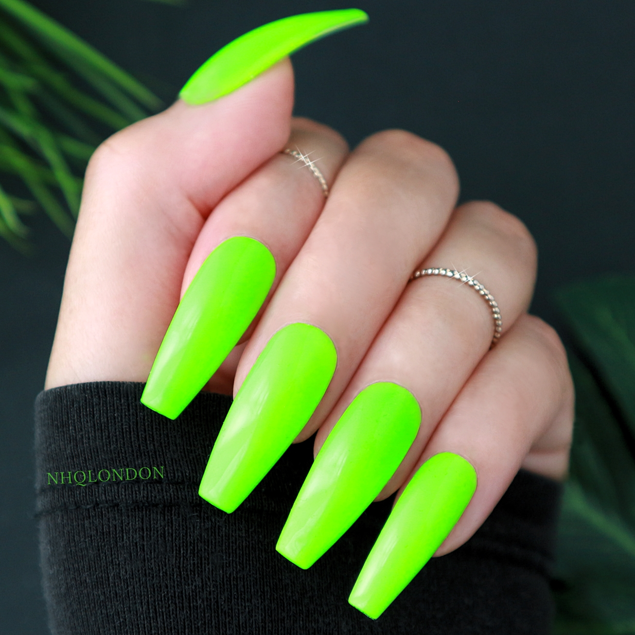 Neon Coffin Nails, Neon Press On Nails NHQ London