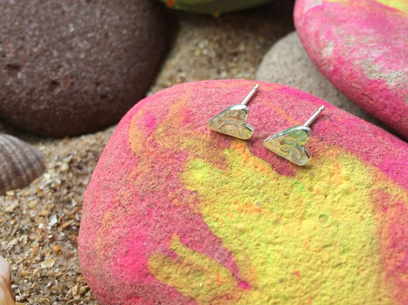 Heart stud earrings - product images  of