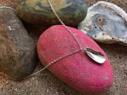 Silver,mussel,shell,necklace,Silver shell jewellery, mussel shell jewellery, Elie jewellery