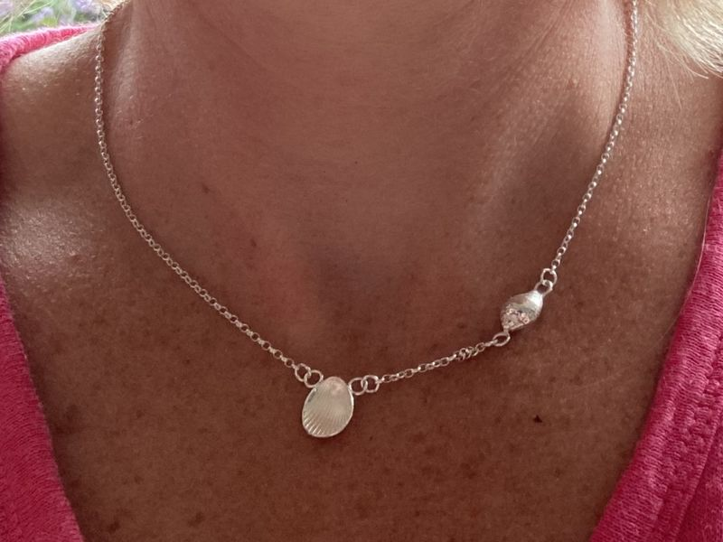 Short shell necklace - product images  of