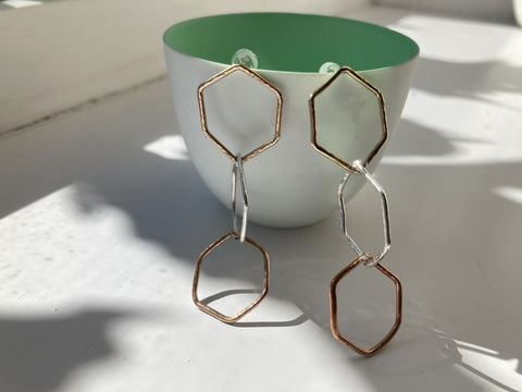 Gold,,rose,gold,and,silver,hammered,hexagon,earrings,Hammered wire earrings, hexagon earrings, gold jewellery, rose gold earrings, gold earrings
