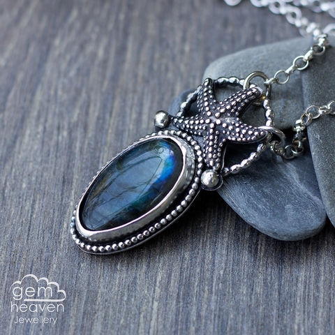Coastal,series,Necklace,with,Labradorite,Labradorite pendant, starfish necklace, small stone pendant, sterling silver,  gemstone, boho style, uk made, silver and gemstone, cornish jewellery, cornish silver jewellery,