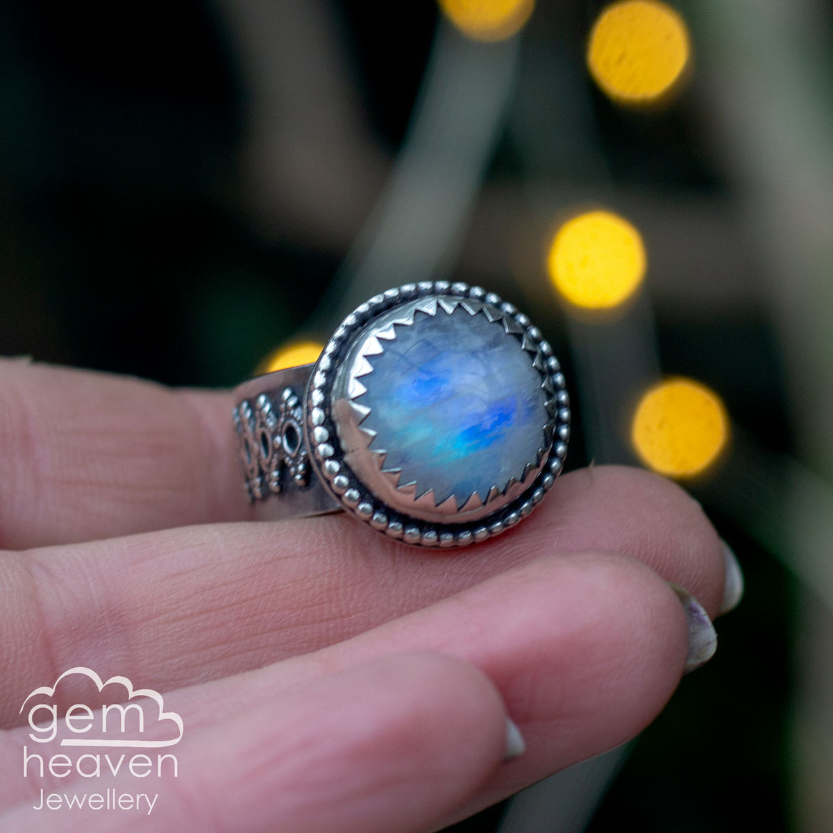 Clear moon Ring - product image