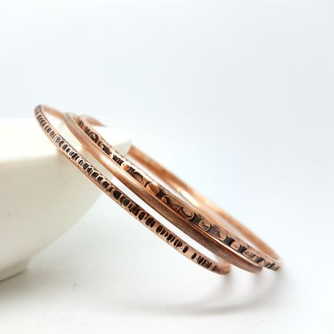 Hammered,Copper,Stacking,Bangles,copper bangle set, stacking bangles, hammered bangles, healing copper jewellery, wedding anniversary gift, copper anniversary jewellery, handforged copper bangles, 7th wedding gift, copper bracelet set, textured bracelets bangles