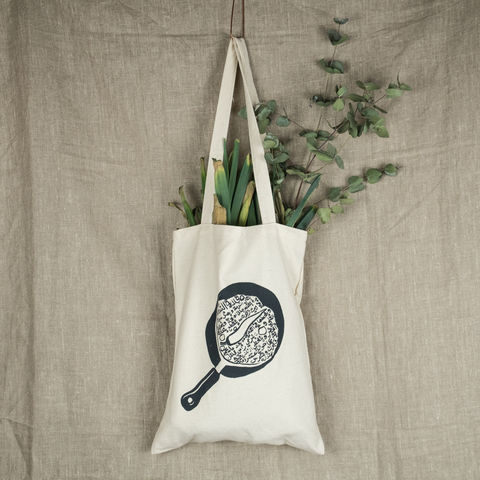 El,Beir,Arts,and,Seeds,tote,bag,-,popular,Palestinian,dishes,Pan-fried,tomatoes, El Bustan, elbustan, palestine, palestinian, ethical, tote, bag, tote bag, artist, designer,  fair trade, silk screen, handmade, Ayed Arafah, hebron, beit sahour, bethlehem, cotton bag, sustainable, Palestinian food, palestinian dishes