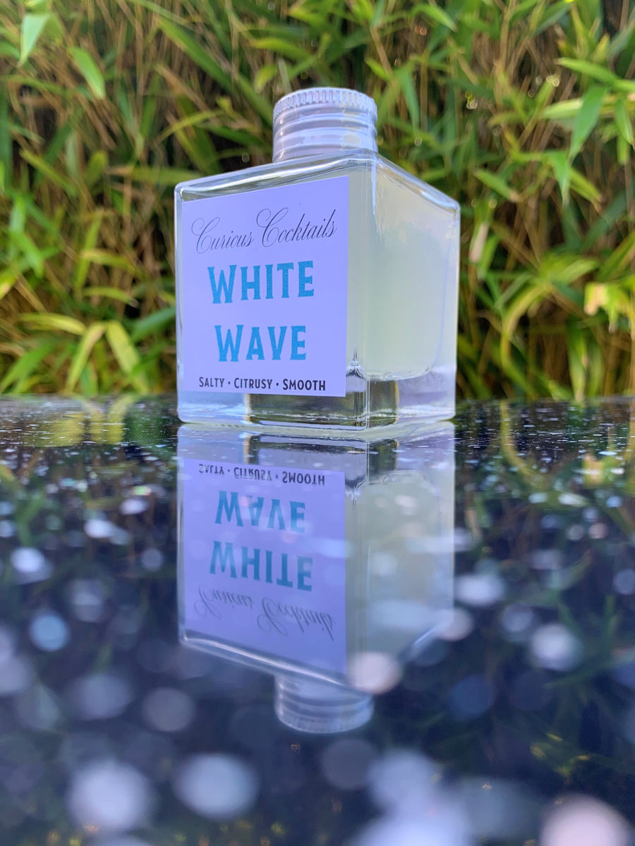 Curious Cocktails: White Wave - product image