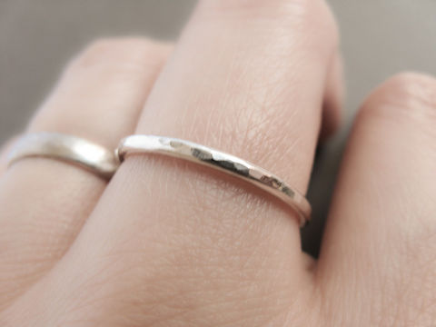 Simple,Hammered,Ring,silver jewellery uk, silver thin band, simple silver ring, minimalist jewelry, minimalist ring, misluo jewellery, stacking ring, silver stacking ring, hammered ring