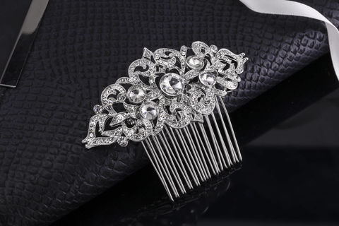 Kylie,Bridal,Hair,Comb,Weddings,Accessories,wedding_comb,crystal_comb,veil_comb,rhinestone_comb,bridal_comb,bridal_hair_jewelry,rhinestone_headband,rhinestone_hair_pin,silver_comb,crystal_hair_pin,art_deco_comb,vintage_comb,vintage_crystal_comb