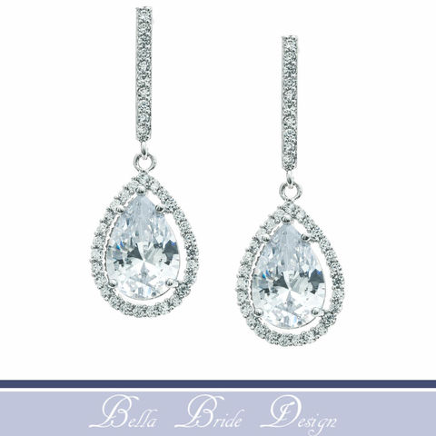 Halo,Bridal,Earring,,Rhinestone,Swarovski,Earrings,,Wedding,Jewelry,,CZ,Bridesmaids,Drop,Earring,Weddings,Jewelry,statement_earring,chandelier_earring,bridal_earrings,wedding_earrings,crystal_earrings,teardrop_earrings,swarovski_earrings,halo_bridal_earring,rhinestone_earring,wedding_jewelry,cz_earring,drop_earring,bridesmaids_jewelry