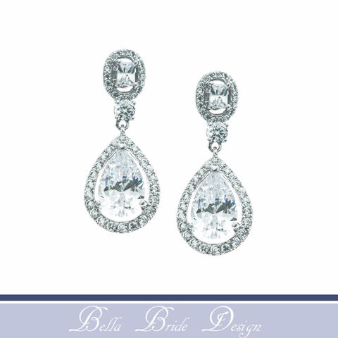 Harlow,Bridal,Earrings,Weddings,Jewelry,rhinestone_earrings,bridal_earrings,white_gold_earrings,chandelier_earrings,cubic_zircon_earring,CZ_earrings,swarovski_earrings,bridesmaids_earrings,crystal_earring,wedding_earring,wedding_day_earring,crystal_drop_earring,halo_earring