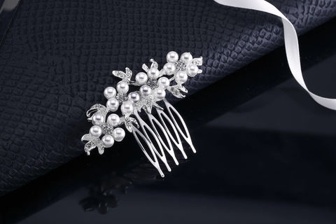 Hayden,Bridal,Comb,Weddings,Accessories,rhinestone_comb,pearl_comb,crystal_pearl_comb,bridal_comb,wedding_comb,wedding_hair_piece,rhinestone_hair_pin,crystal_hair_pin,wedding_headband,rhinestone_headband,bridal_headband,veil_comb,hair_comb