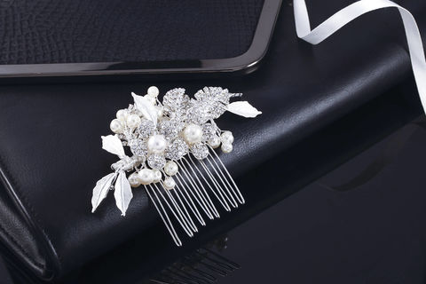 Alex,Bridal,Comb,Weddings,Accessories,bridal_comb,wedding_comb,crystal_comb,rhinestone_comb,wedding_hair_comb,bridal_hair_comb,crystal_hair_comb,silver_hair_comb,pearl_hair_comb,bridal_veil_comb,cz_comb,swarovski_comb,bridal_hair_piece