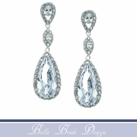 Maci,Bridal,Earrings,Weddings,Jewelry,wedding_earrings,bridal_earrings,statement_earrings,bridesmaids_jewelry,chandelier_earrings,drop_earrings,statement_jewelry,prom_earrings,crystal_earrings,crystal_drop_earring,rhinestone_earrings,rhinestone_jewelry,bella_bride_design
