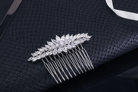 Anna,Bridal,Comb,Weddings,Accessories,vintage_comb,crystal_comb,rhinestone_comb,silver_bridal_comb,wedding_comb,bridal_comb,bridal_hair_pin,wedding_hair_pin,rhinestone_veil_comb,bridal_hair_clip,wedding_hair_clip,rhinestone_headband,crystal_headband