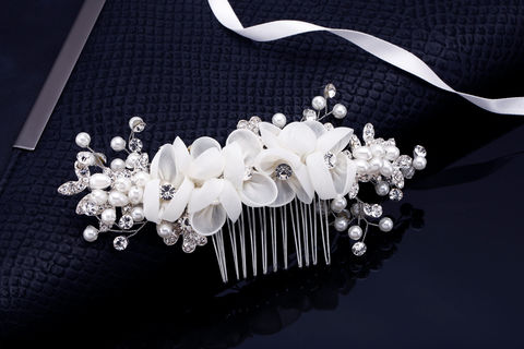 Paige,Bridal,Comb,Weddings,Accessories,crystal_comb,wedding_comb,bridal_comb,bridal_hair_comb,wedding_hair_comb,rhinestone_comb,pearl_comb,pearl_wedding_comb,bridal_headband,wedding_headband,swarovski_crystal,pearl_hair_accessory,pearl_bridal_comb