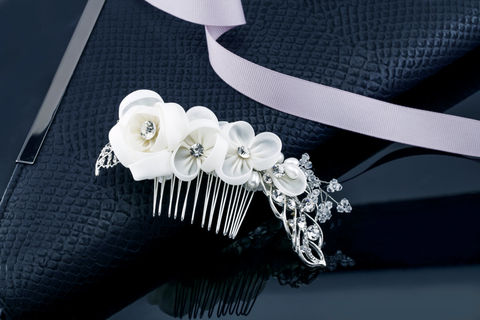 Evie,Bridal,Comb,Weddings,Accessories,wedding_comb,bridal_comb,crystal_comb,bridal_hair_piece,bridal_clip,wedding_hair_piece,bridal_tiara,bridal_crown,bridal_headband,crystal_wedding_comb,rhinestone_comb,flower_comb,pearl_bridal_comb