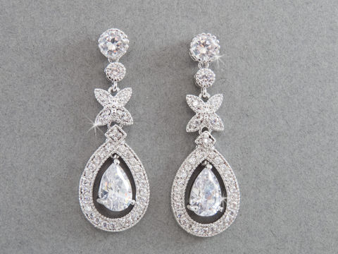 Elizabeth,Bridal,Earrings,Weddings,Jewelry,Rhinestone_earrings,Bridal_earrings,CZ_earrings,Crystal_earrings,Wedding_earrings,Rhinestone_earring,White_gold_earrings,Drop_earrings,Chandelier_earrings,wedding_jewelry,crystal_drop_earring,cz_jewelry,bridesmaid_earrings
