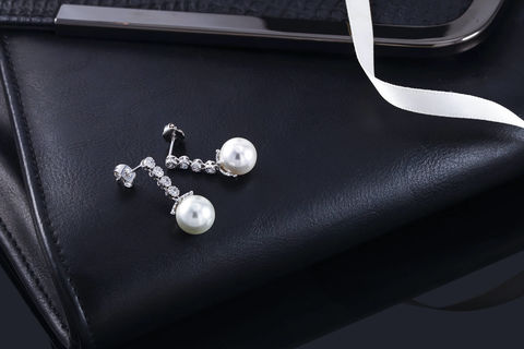 Lauren,Bridal,Earrings,Weddings,Jewelry,cz_wedding_earrings,cz_bridal_earrings,pearl_bridal_earring,pearl_earrings,cz_earrings,zirconia_earrings,crystal_earrings,bridal_earrings,wedding_earrings,pear_drop_earrings,statement_earrings,vintage_earrings,bridesmaids_earrings