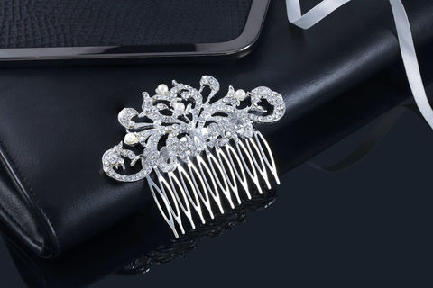 Jenna,Bridal,Comb,Weddings,Accessories,bridal_comb,wedding_comb,hair_comb,crystal_comb,bridal_hair_comb,wedding_hair_comb,crystal_hair_comb,bridesmaid_comb,rhinestone_comb,bridal_veil_comb,bridal_hair_pin,wedding_hair_pin,crystal_hair_pin