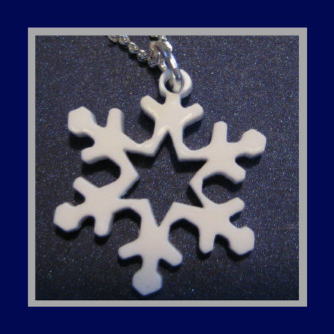 Acrylic,snowflake,necklace,festive,fun,in,white,or,ice,blue,FREEPOST,UK,Jewelry,snowflake_pendant,white_necklace,ice_blue_necklace,hen_party_necklace,party_necklace,christmas_party,christmas_bling,laser_cut_snowflake,snowflake_necklace,frozen_icy_necklace,snow_queen_pendant,snow_queen_necklace,Ice_queen_pendant