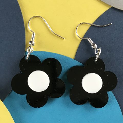Black,and,White,Sixties,Style,Statement,Buttercup,Earrings,Black and white, buttercup, flower earrings, sixties jewellery, retro earrings, black earrings, white, statement monochrome