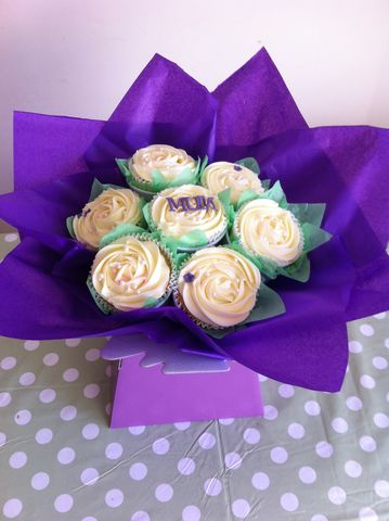 Mothers,day,purple,bouquet,Mothers day gifts, mothers day cupcakes, mothers day bouquets, Delivery Tonbridge. mothers day gifts Delivered in Tonbridge