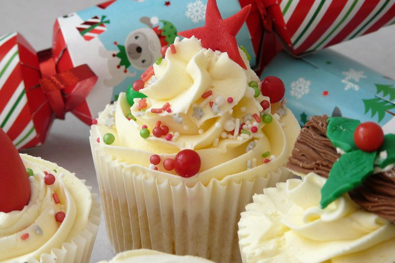 Xmas themed cupcakes - product images  of