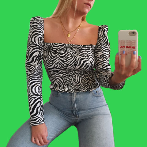 The,Romance,Top,in,Zebra,zebra animal puff sleeve gathered shirring shirred top