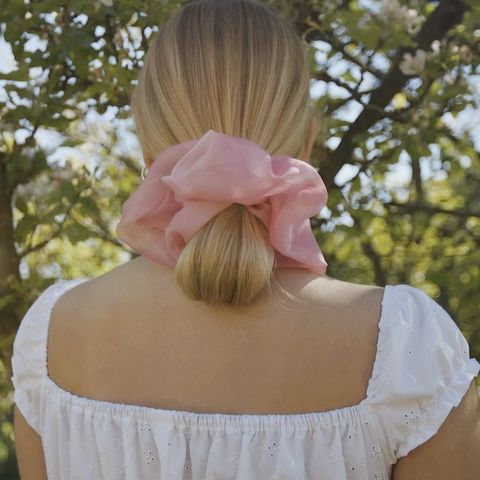 Soft,Pink,Giant,Scrunchie,giant scrunchie pink 90s