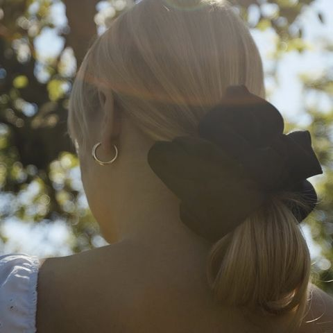 Black,Satin,Giant,Scrunchie,giant scrunchie black satin 90s