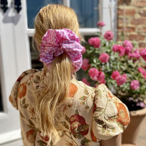 Pink,Gingham,Giant,Scrunchie,giant scrunchie gingham 90s