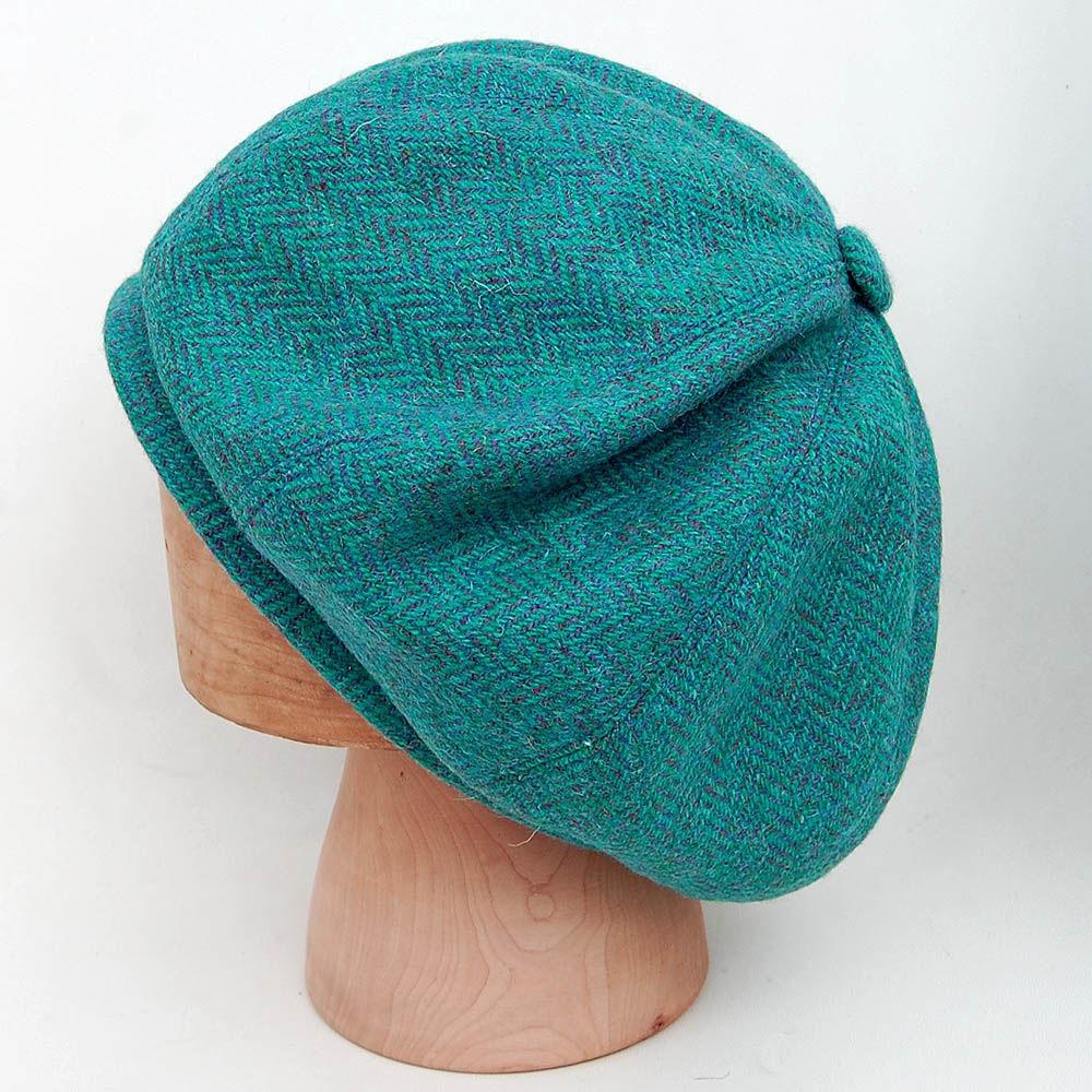 659546b0749 Green Scottish beret