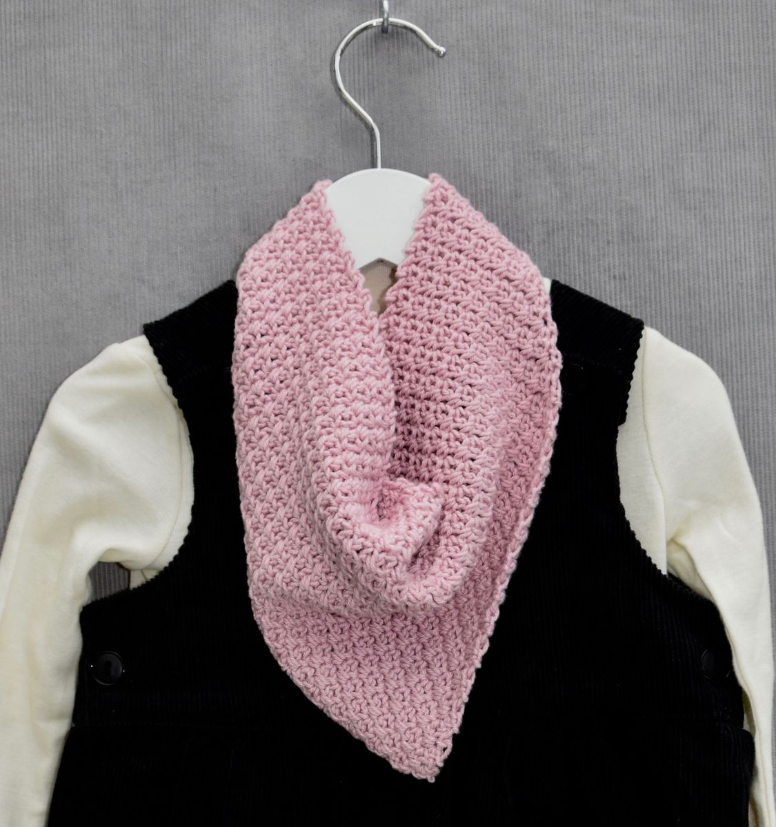 Baby/toddler bandana scarf (pink) - product images  of