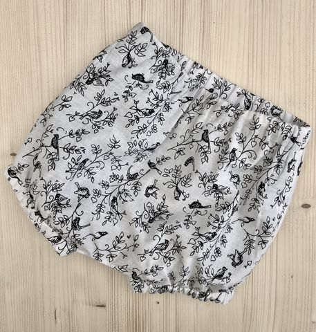 Bubble,leg,baby/toddler,bloomers,-,monochrome,print,Bubble leg bloomers, bloomers, toddler bloomers, monochrome, trendy baby, vintage style baby