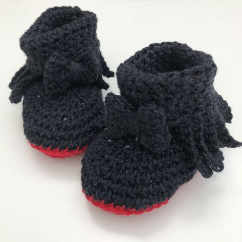 Baby,moccasin,style,bootie/shoes,(black,with,red,soles),Designer, red soles, black booties, Baby bootie, baby shoe, baby moccasins, baby wool bootie, baby shower gift, newborn, baby, gift