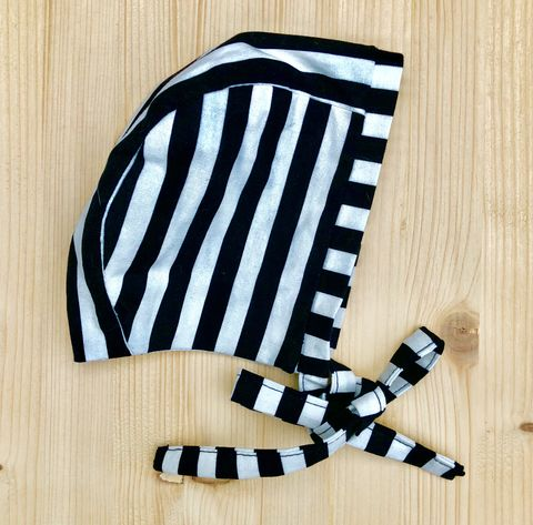 Baby,,toddler,bonnet,-,monochrome,stripes,Baby bonnet, toddler bonnet, baby hat, toddler hat, sunhat, monochrome, stripes, trendy baby, vintage style baby