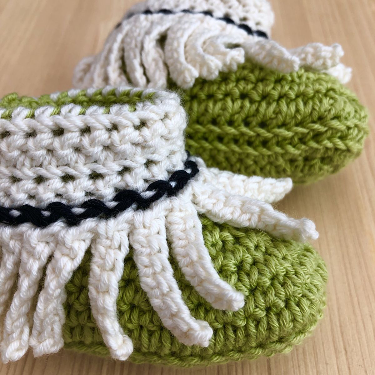 Moccasin baby shoes, baby booties, cotton and wool - product images  of