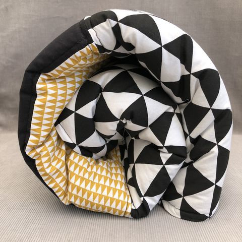 Contemporary,play,mat,(monochrome/mustard)