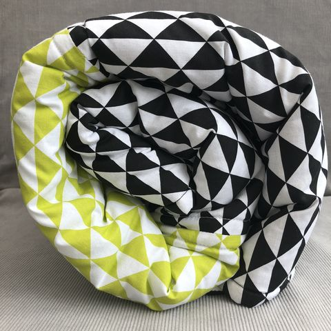 Contemporary,geometric,patterned,quilted,baby,play,mat,,monochrome,and,lime,green,Play mat, baby accessory, nursery, toddler play, tummy time, baby shower gift, monochrome, lime green, geometric pattern, contemporary, changing mat