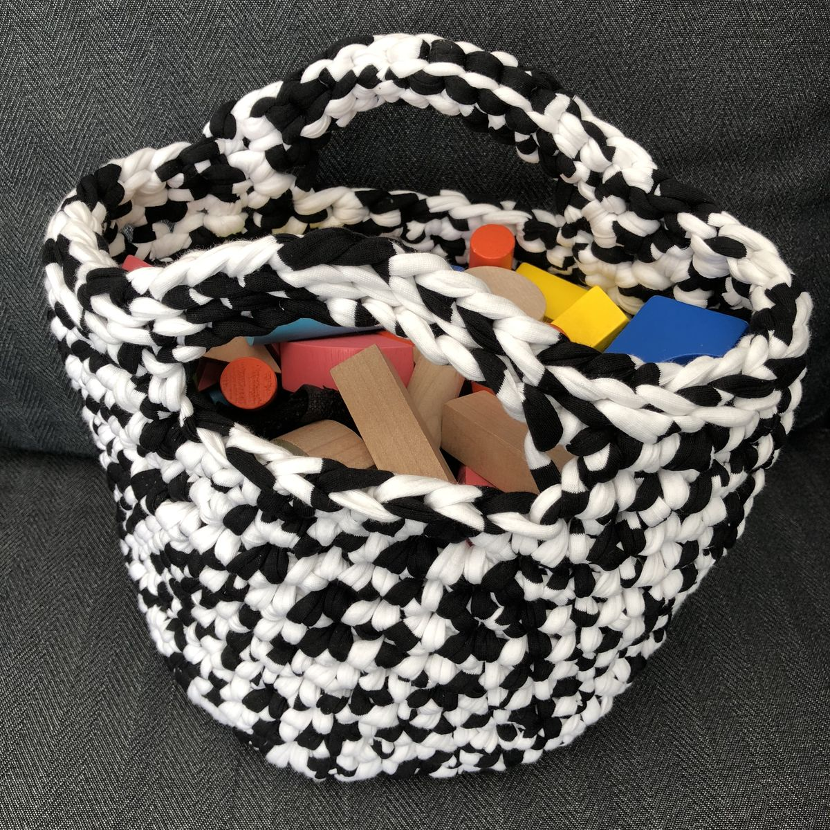 Storage container, basket style handbag, beach bag, plant pot cover - product images  of